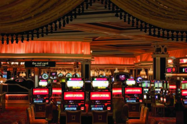 Wynn-Casino---From-Red8---photo-by-Barbara-Kraft_54_990x660_201404242119